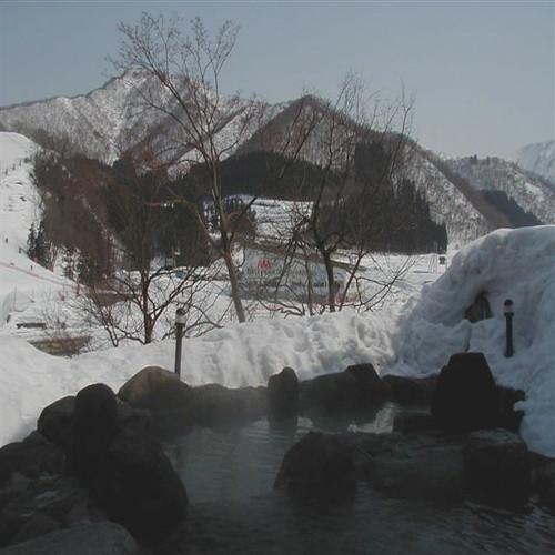 ハーブの湯露天風呂冬