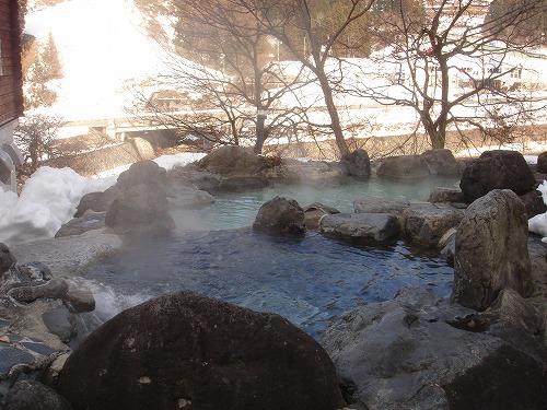 ハーブの湯冬露天2